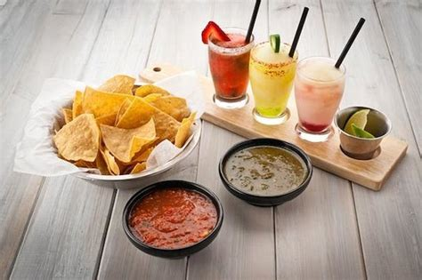 Margarita Flight, Chips & Salsa   Picture of Luna De Noche ...