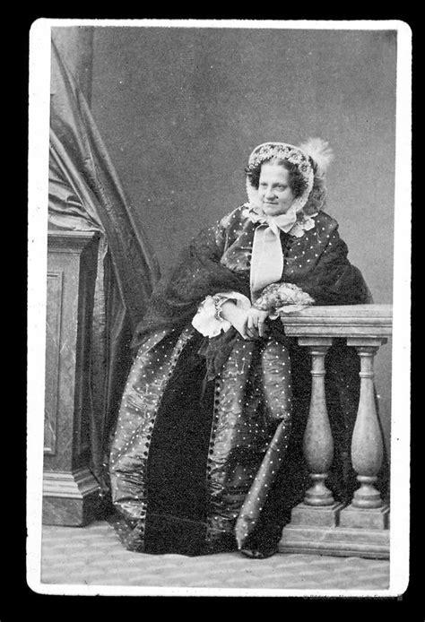 María Cristina de Borbón   Grand Ladies   gogm