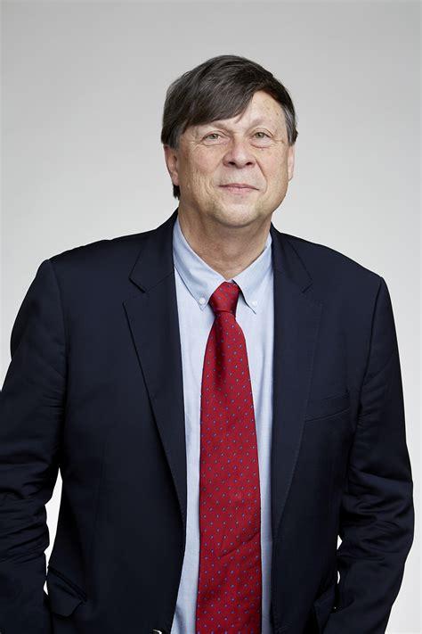 Mark M. Davis - Wikipedia