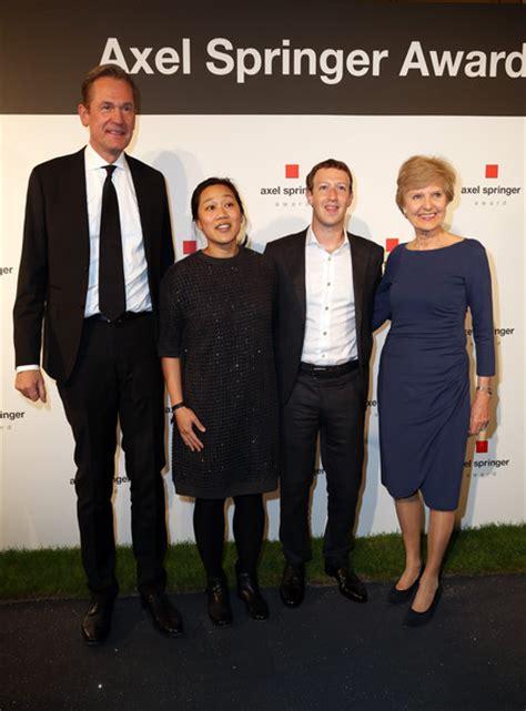 Mark Zuckerberg and Priscilla Chan Photos Photos - Zimbio