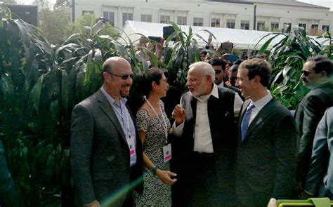 Mark Zuckerberg introduces his parents to PM Modi : News ...