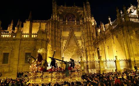 Martes Santo en Sevilla: horario y recorrido de las ...