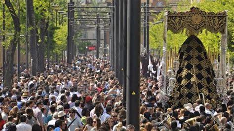 Martes Santo en Sevilla: ver Semana Santa en directo y ...