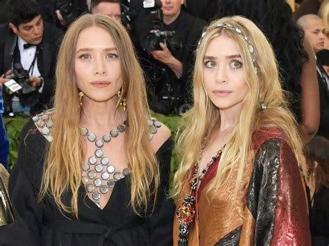 Mary-Kate and Ashley Olsen Arrive to the 2018 Met Gala ...