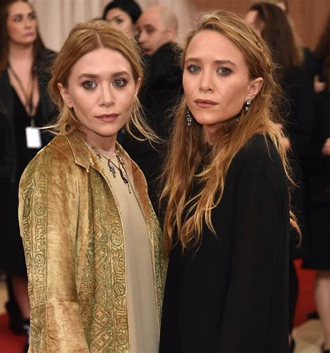 Mary Kate and Ashley Olsen look like smokers at the 2016 ...