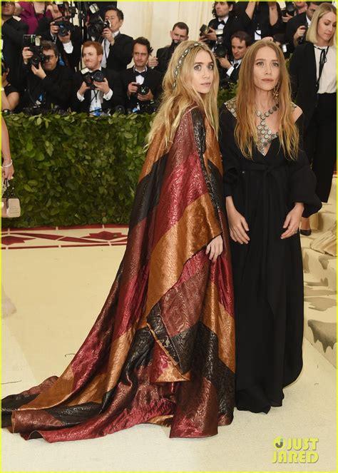 Mary-Kate & Ashley Olsen Hit the Red Carpet at Met Gala ...