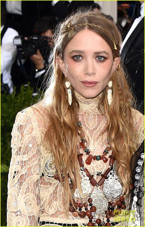 Mary Kate Olsen Fashion | Short Hairstyle 2013