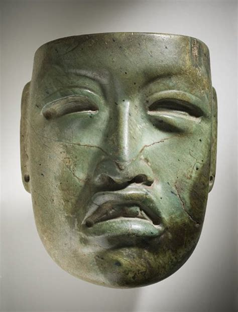 .Máscara de jadeita perteneciente a la cultura Olmeca ...