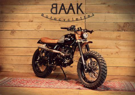 Mash 125 Scrambler by Baak Motorcycles | BikeBrewers.com