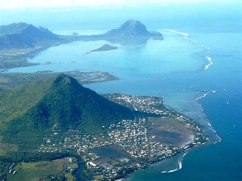 Mauritius economy seen expanding 3.8 pct in 2016: IMF ...