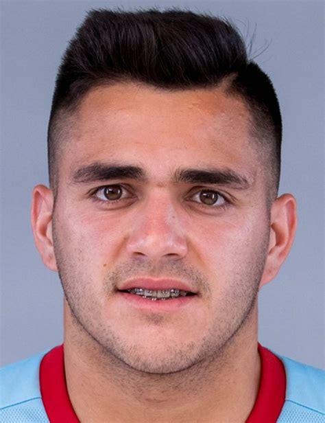 Maximiliano Gómez - Player Profile 18/19 | Transfermarkt
