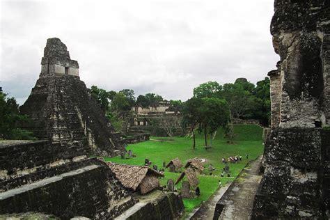 Maya city - Wikipedia