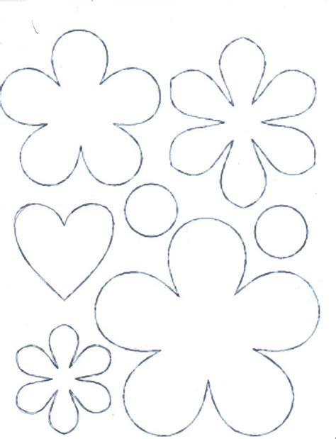 Meire Arte: Molde de flores e coração