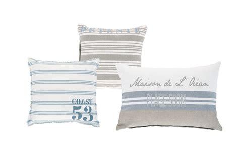Mejora tu mueble con baratos cojines de Maisons du Monde ...