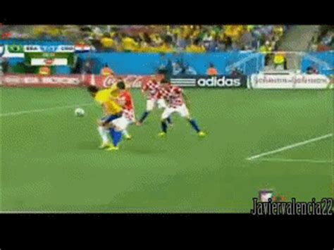 Memes de Internet: gif   simulacion de Fred   brasil 2014