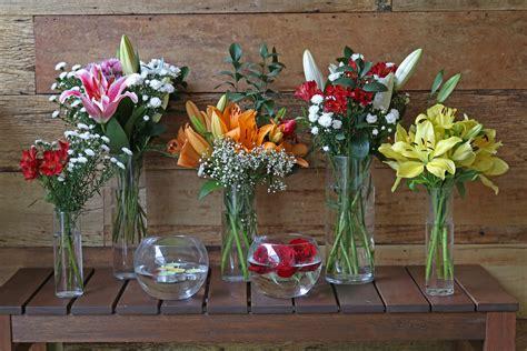 Mesa com flores e vasos   Leroy Merlin