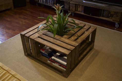 mesa-hecha-con-palets-reciclados_4 - ecoclearlanzarote.com