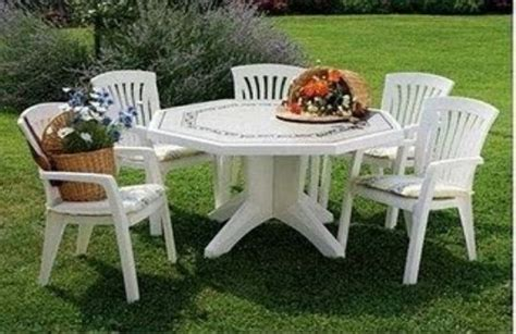 Mesas plastico jardin. Fotos, presupuesto e imagenes.