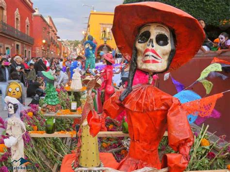 Mexican Culture takes many forms - BikeHikeSafari
