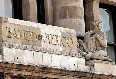 Mexican interest rate hike expected today in bid to buoy ...