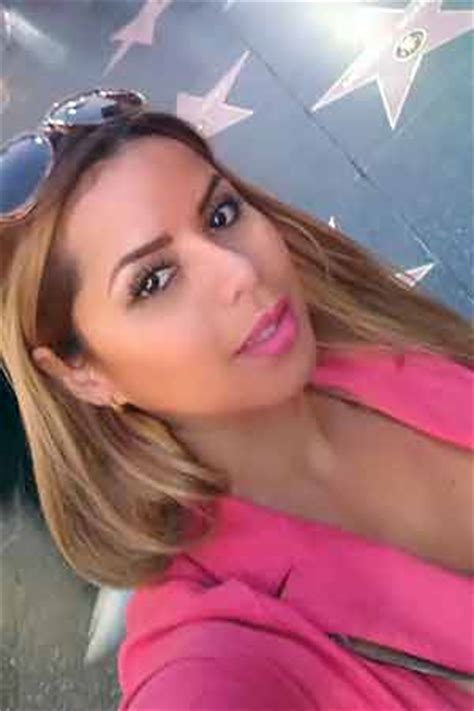 Mexican mail order brides - Mexican Brides Finder