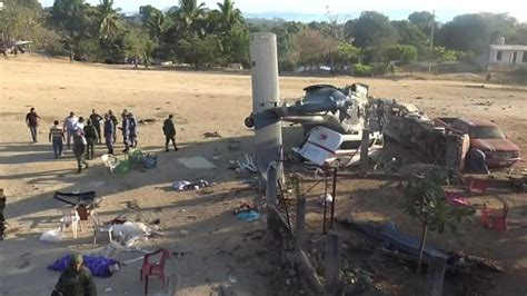 Mexico earthquake: Helicopter crashes in emergency killing ...