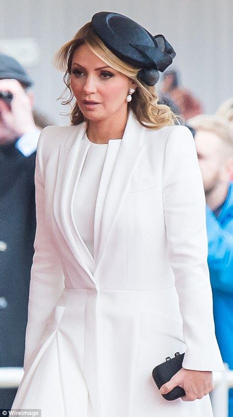 Mexico president and wife Angelica Rivera visit the Queen ...
