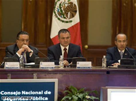 Mexico's corruption fight reaches civil workers - CNN.com