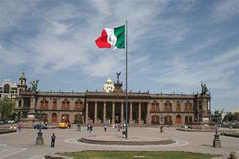 Mexico s form of government is a Federal Representative ...