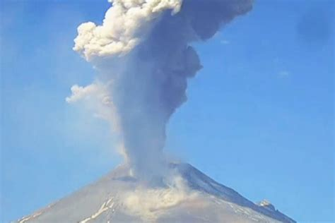 Mexico's Popocatépetl volcano erupts, sending smoke and ...