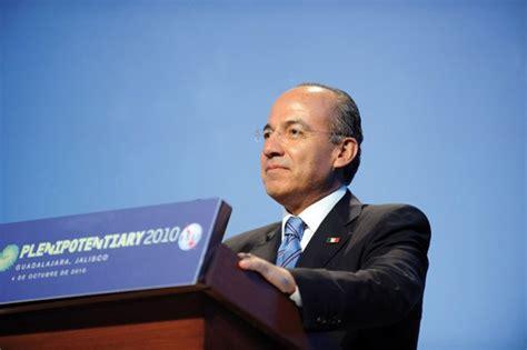 Mexico' s President Felipe Calderón opens ITU ...