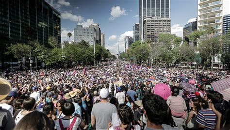 Mexico Women Fed Up With Femicide March Against Gender ...