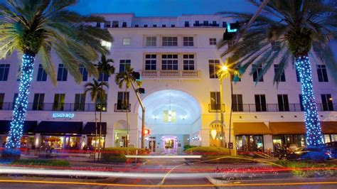 Miami Hotels - View 804 Cheap Hotel Deals | Travelocity
