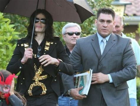 Michael Jackson « Media Outrage