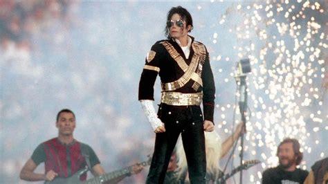 Michael Jackson   Mini Biography   Biography