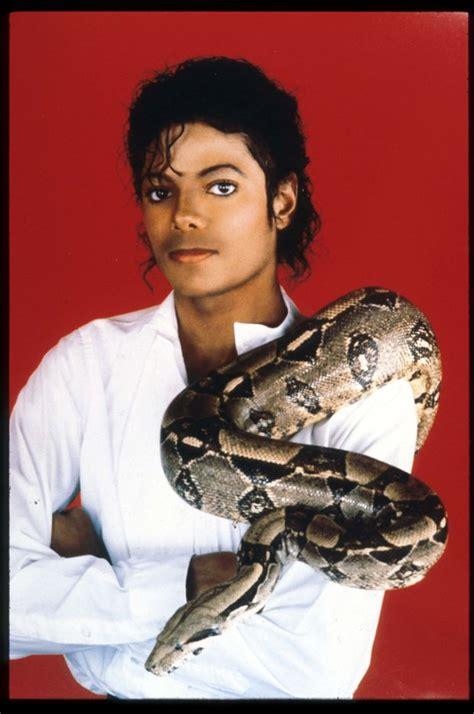 Michael Jackson new music: Thriller singer s secret song ...