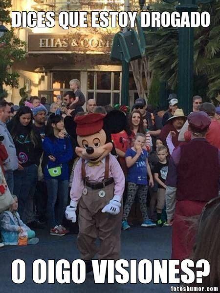Mickey Mouse con cara de colgado. Fotos de humor.