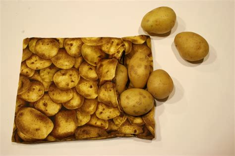 Microwave baked potato pouch | Chica and Jo