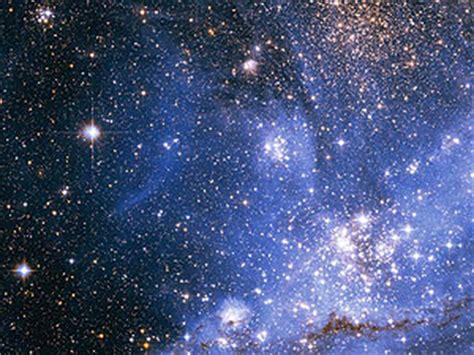 Miden la luz de todas las estrellas del universo
