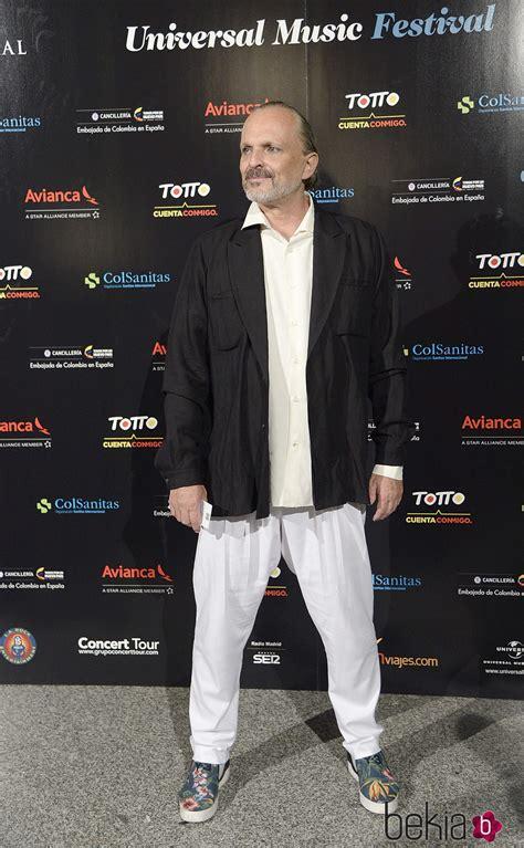 Miguel Bosé en el concierto de Juanes en Madrid   Famosos ...