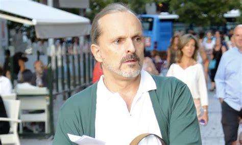 Miguel Bosé se instala en Panamá con sus hijos   Informalia.es