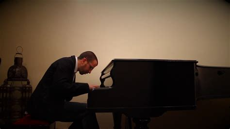 Miguel Bosé   Sevilla   Versión para piano   YouTube