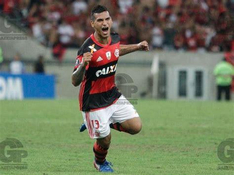 Miguel Trauco: DT de Flamengo tiene en mente usarlo como ...