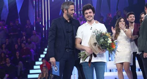 Miki wins Spain's ticket to Tel Aviv with 'La Venda ...