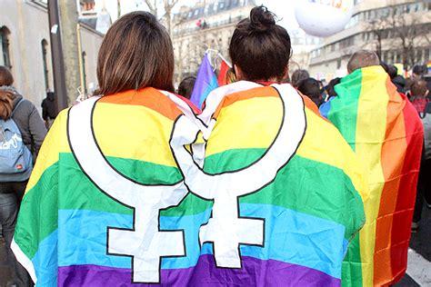 Miles de partidarios del matrimonio homosexual salen a la ...