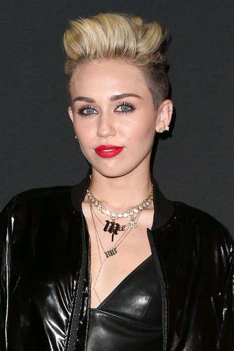 Miley Cyrus Slaps Rear End of Twerking Little Person on ...