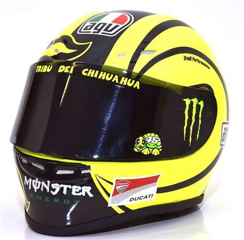 Minichamps - Schaal 1/2 - Helm AGV - Valentino Rossi 2009 ...