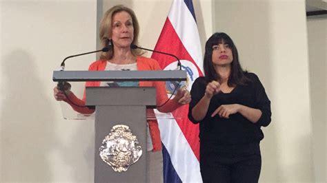 """Ministra de Justicia: """"Los ataques me dan más energía"""""""