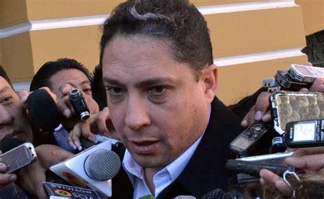 Ministro de Justicia dice que Chile actúa como