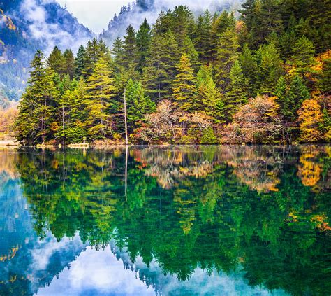 Mirror Lake, Jiuzhaigou National Park, China Photograph by ...